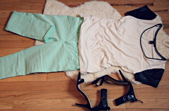 mint a&f jeans outfit