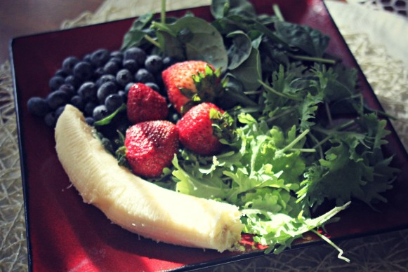 ingredients for a healthy green smoothie