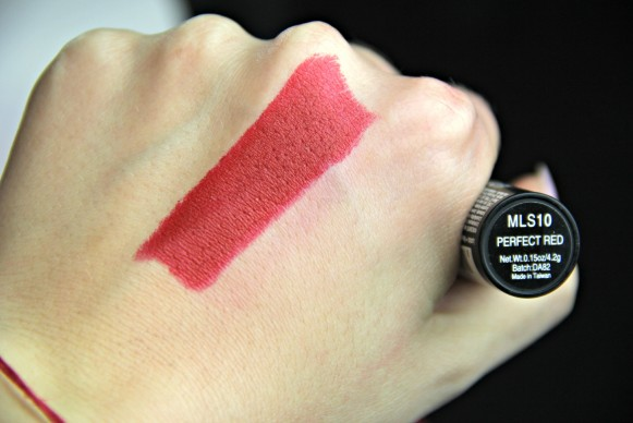 nyx matte lipstic perfect red