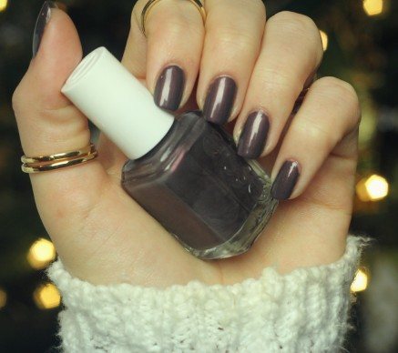 Sable Collar Essie