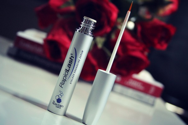 rapid lash with hexatein complex