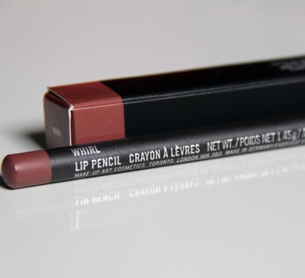 Favori MAC Whirl lip liner review OW47