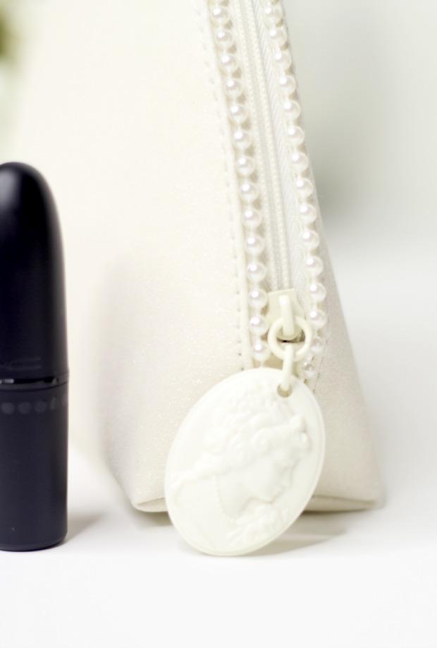 2014 MAC Keepsakes Nude Lip Bag