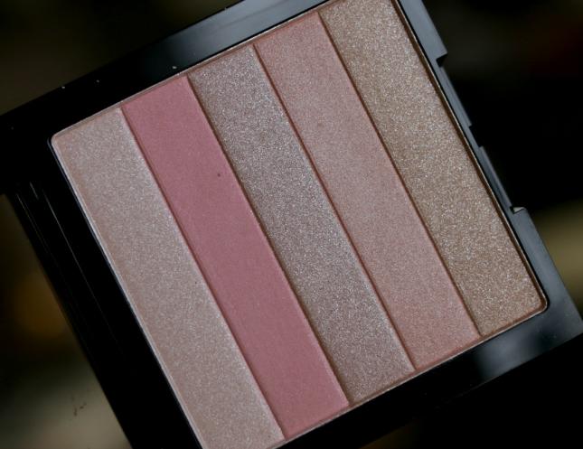 Irevlon highlighting palette in rose glow