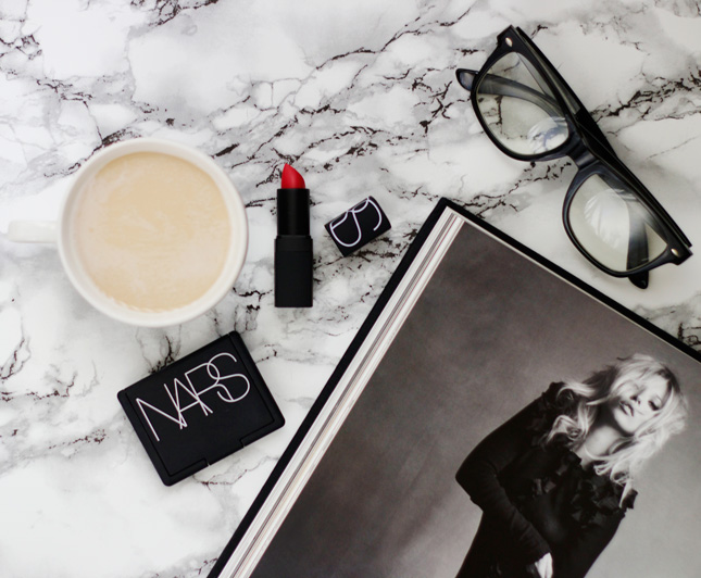 how-to-take-a-flatlay