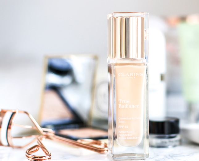 Clarins-true-radiance-foundation