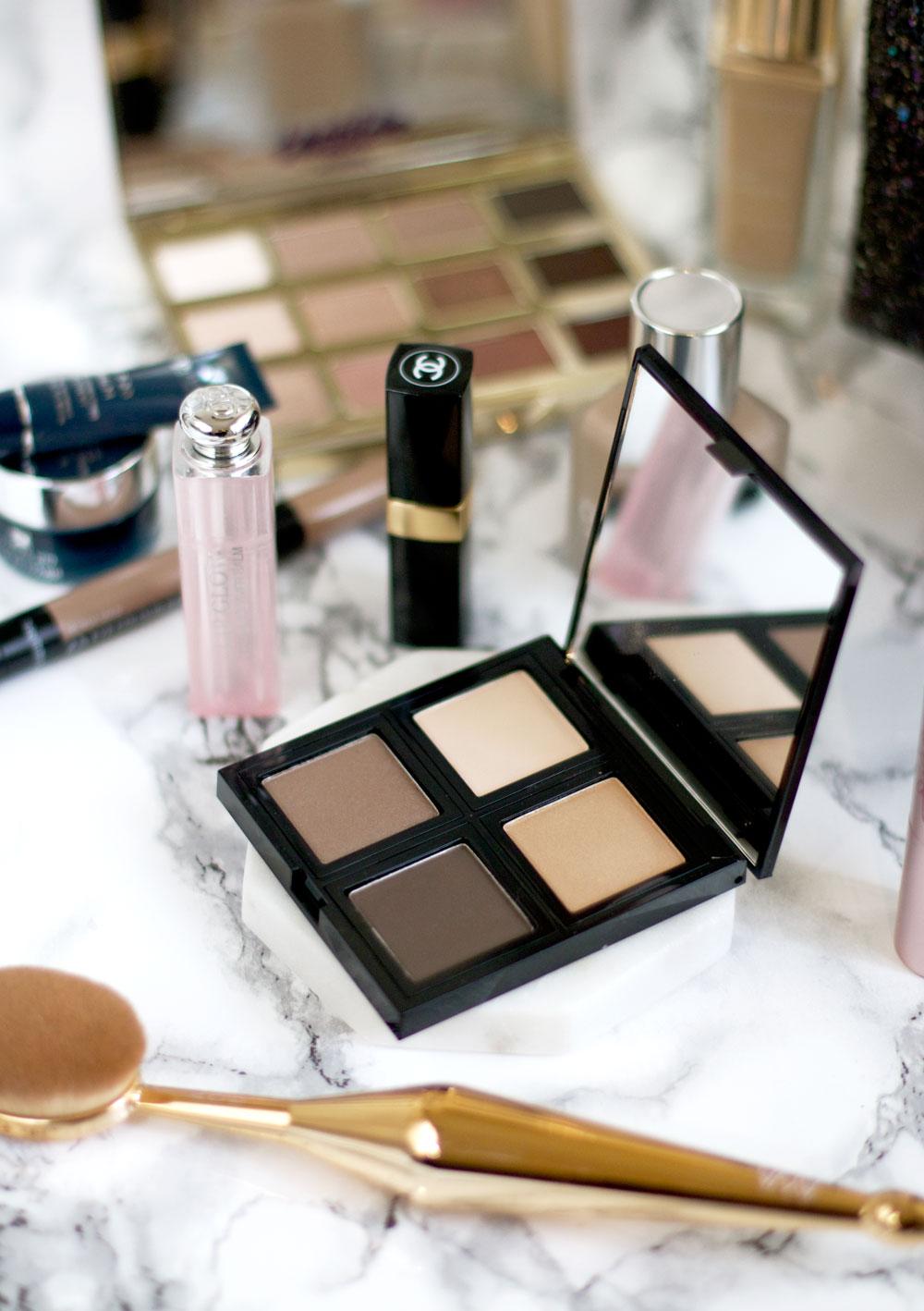 whats-in-my-makeup-bag-december