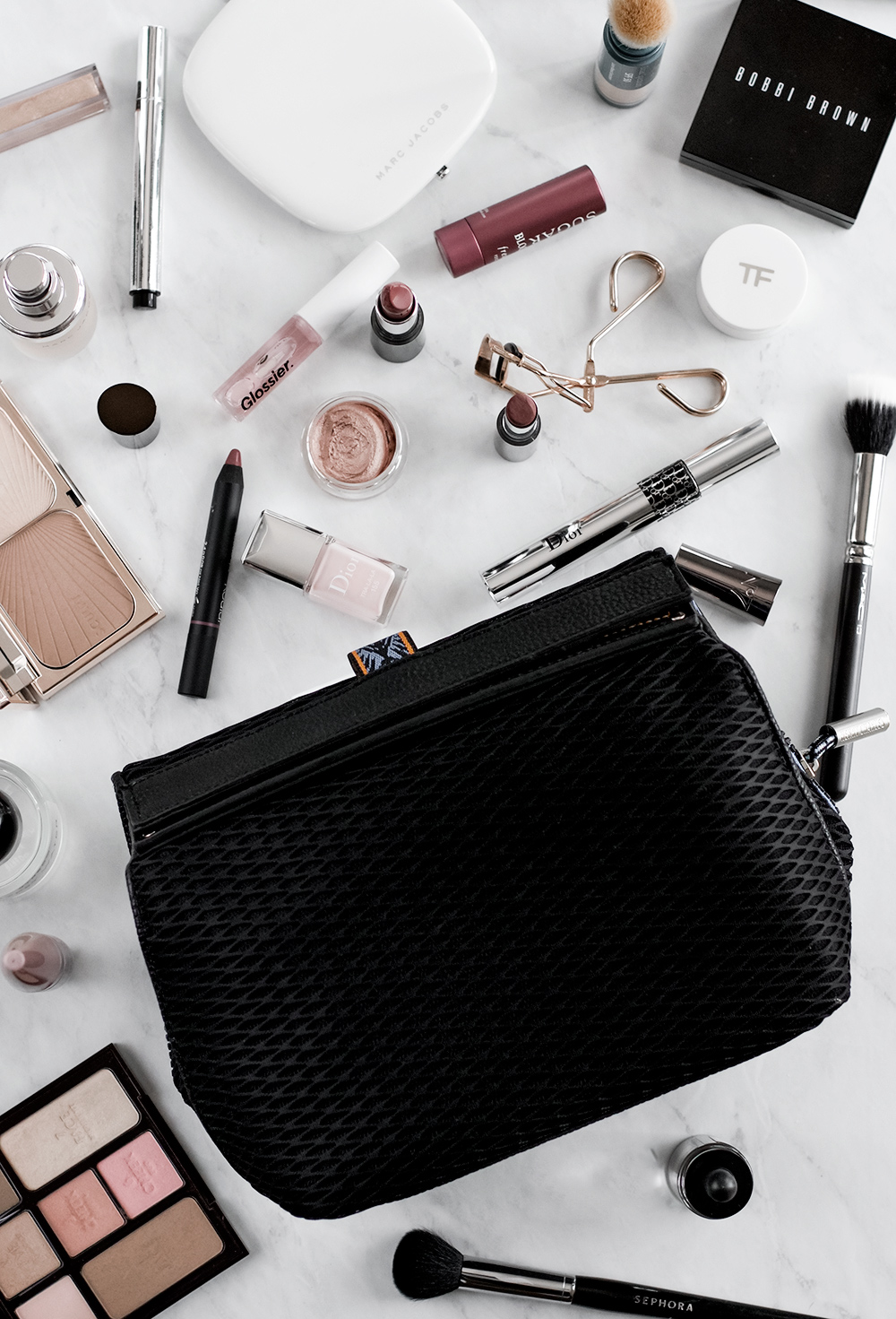 What's in my makeup bag: April