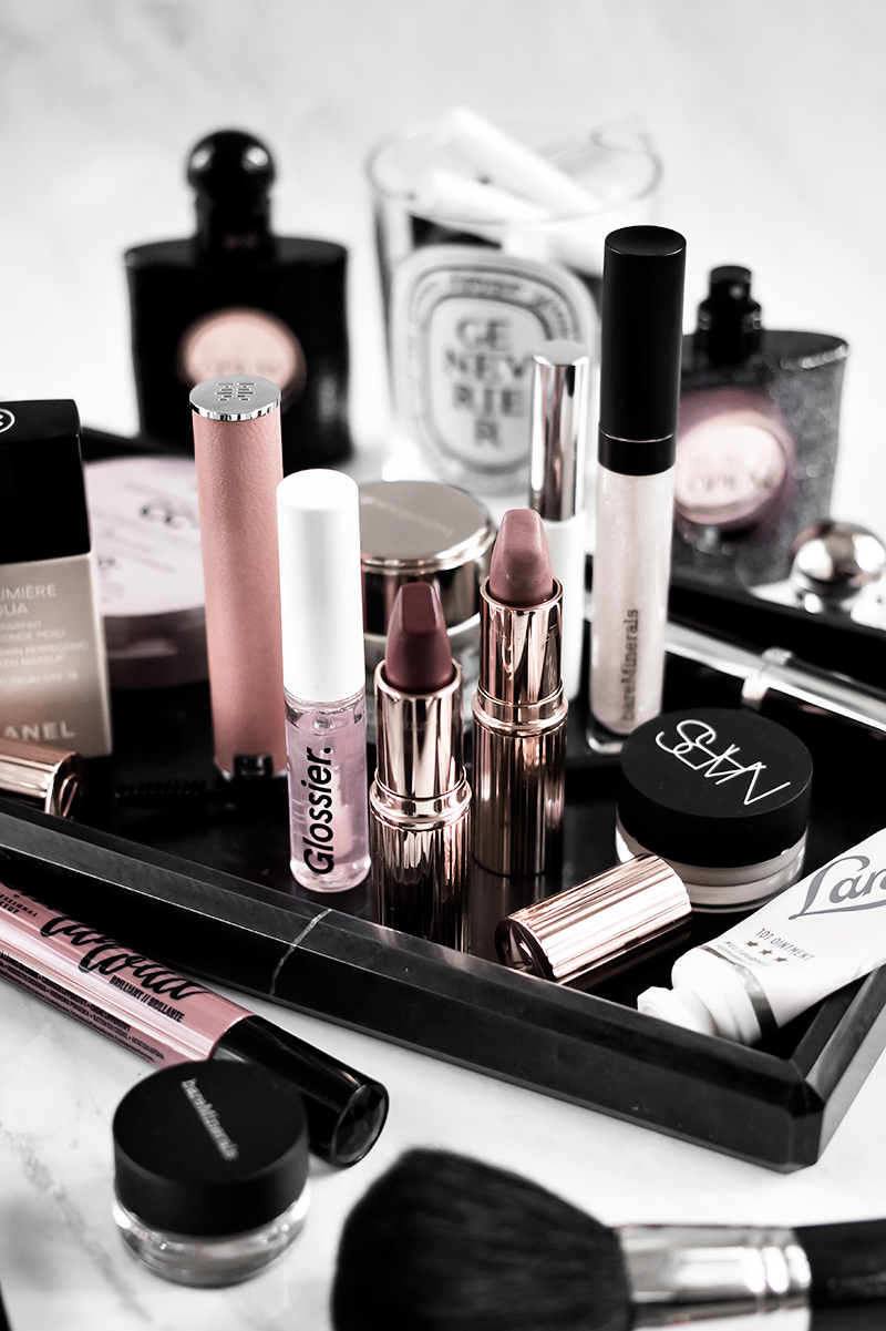 What's In My Makeup Bag: September