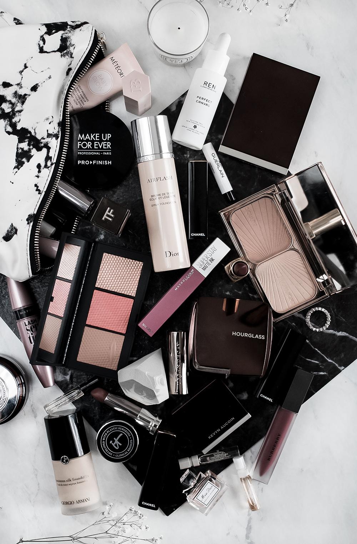 What's In My Makeup Bag: December